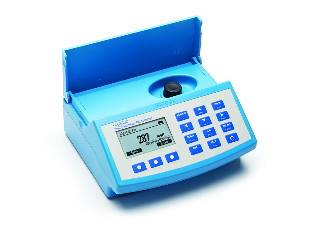 Multiparameter fotometer v. wateranalyse