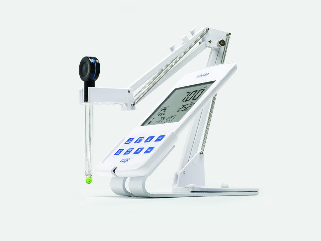 HI2202-02 edge blu benchtop pH-meter